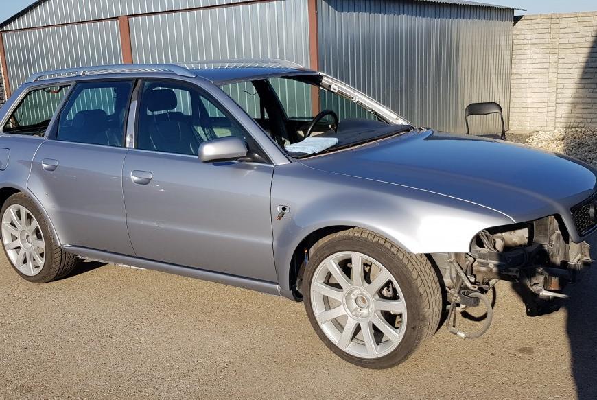 Oprava karosérie Audi RS4