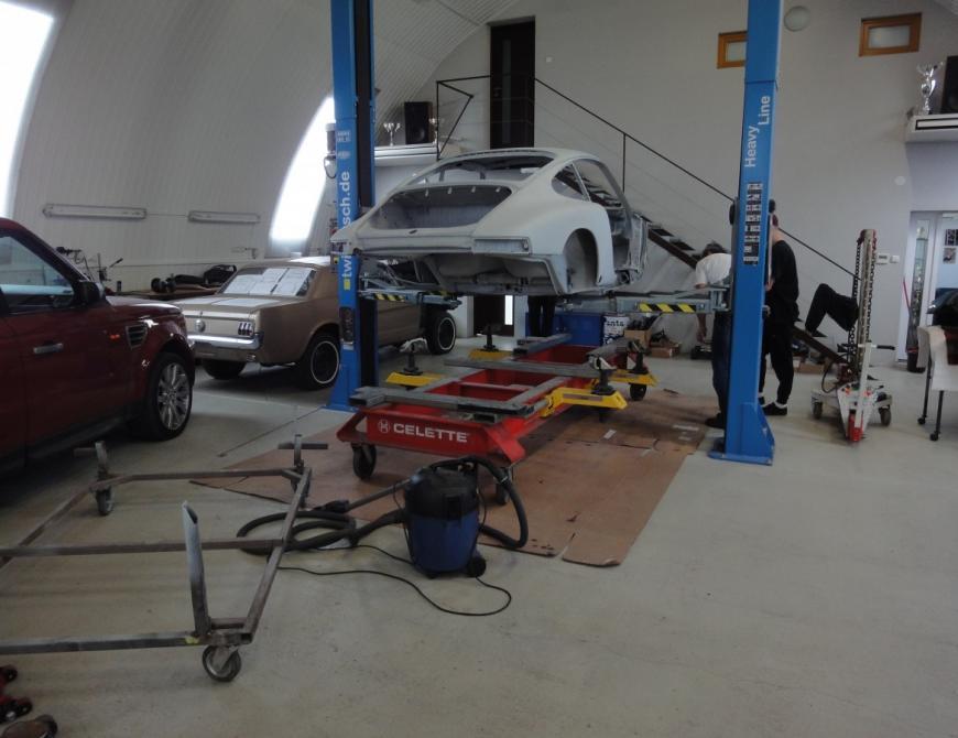 Renovácia Porsche 911