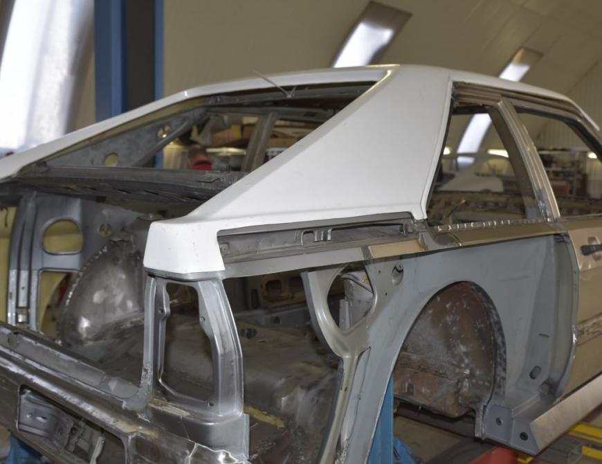 Audi S1 - Skúška laminátovej strechy
